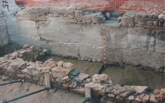 Restos romanos y muralla medieval superpuesta (DPT)