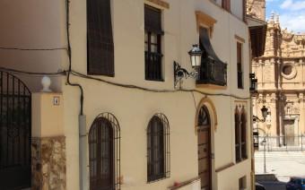 Fachada de la calle Largacha (MR)