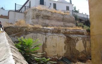 Torre y barbacana en la calle San Miguel (JMC)