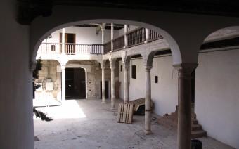 El patio en la actualidad desde la escalera (JmGM)