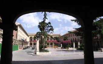 Imagen de la plaza desde el Oeste (JmGM)