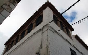 Torreón del edificio con la galería descubierta (MR)