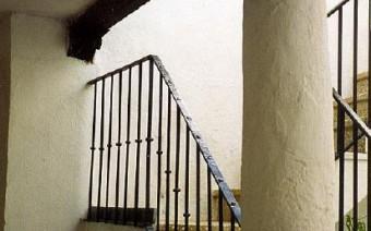 Interior del patio y nueva escalera (PE)