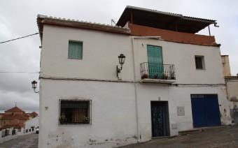 Fachada del inmueble calle Doctor Oliva 10 (MR)