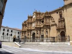 Plaza y fachada de la catedral (JmGM)