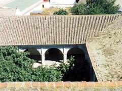 Claustro del convento desde la torre de la iglesia (PE)