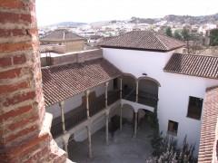 Vista del patio desde una de las torres del palacio (JmGM)
