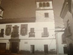 Fotografía antigua de la fachada principal (RP)