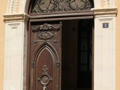 Puerta principal (MR)