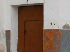 Puerta de acceso al inmueble (MR)