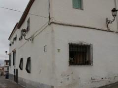 Ángulo de las calles Doctor Oliva y Alarcón (MR)