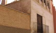 Fachada de la calle Carlos Ros (MR)