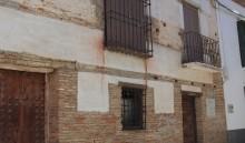Fachada principal en la calle Concepción (EC)